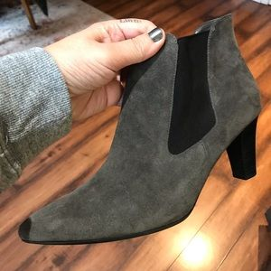 Peter kaiser grey suede ankle boots